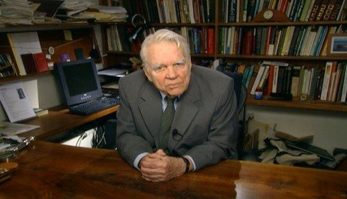 Criticized or praised, Andy Rooney, 92, remains a living legend. The walnut table was made by himself.