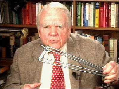 "Andy Rooney will discuss the decision of leaving ""60 Minutes"" on October 2 in his 1097th signature essay."