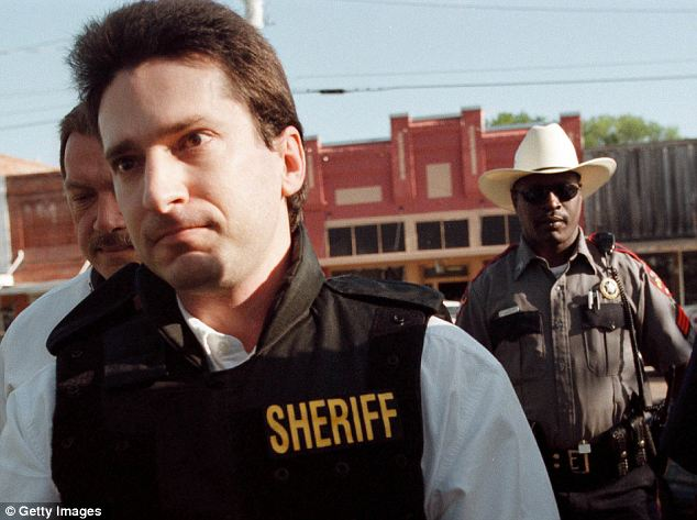 Lawrence Russell Brewer arriving at court in a bulletproof vest in 1999