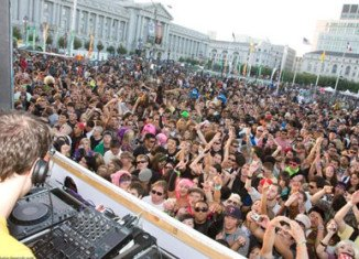 Over 120,000 people attended LovEvolution in 2008 in San Francisco.