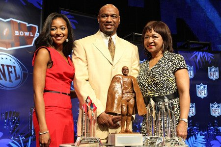 Brittney, Jarrett and Connie Payton at Walter Payton Man of the Year Press Conference