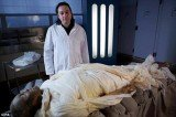 Dr Stephen Buckley with the mummified body of Alan Billis