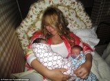 Mariah Carey has shared the pictures of her beautiful twin babies Moroccan and Monroe for the first time after six months she became a mother