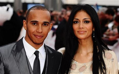 Nicole Scherzinger and F1 racing driver Lewis Hamilton have split up