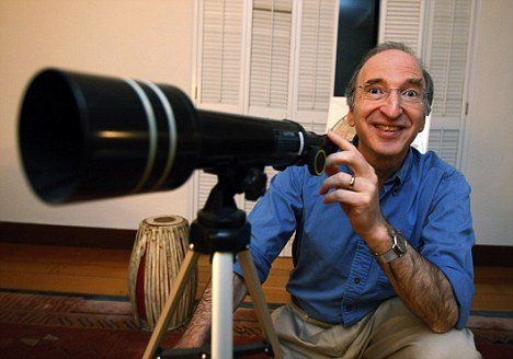 Nobel Prize winner Saul Perlmutter