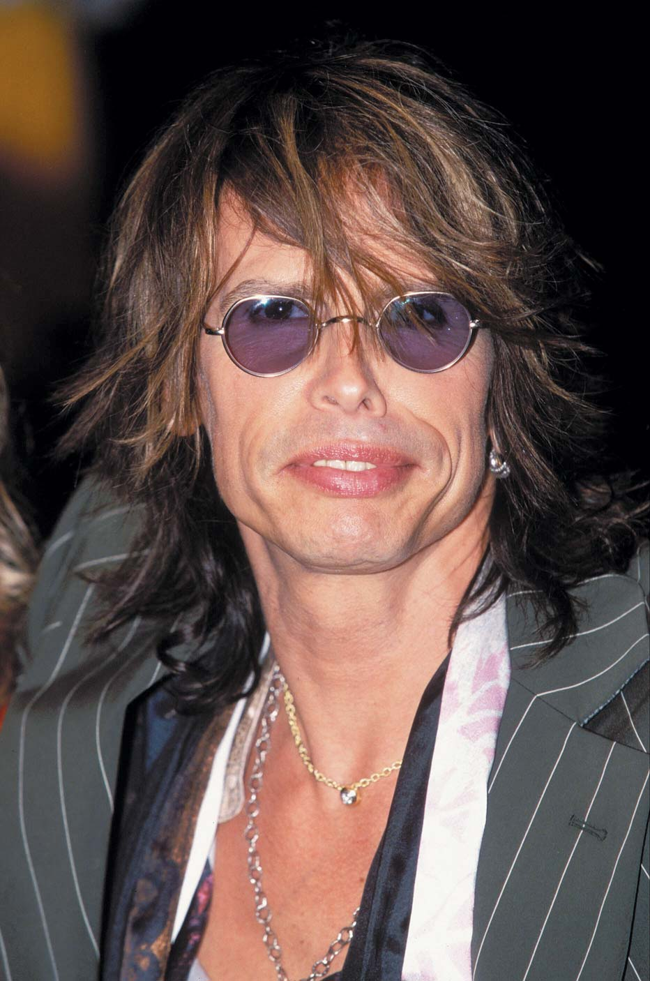 STEVEN TYLER lost two teeth after a serious fall in his hotel ...