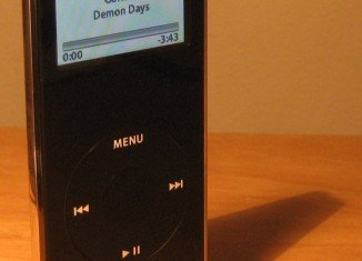 Apple has decided to recall the first generation of iPod Nano due to a defect of batteries
