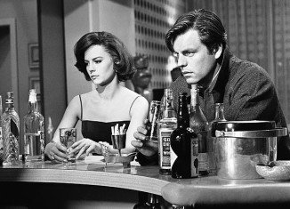 Lana Wood, Natalie Wood' sister, has claimed during an interview with TMZ that Robert Wagner left the actress to drown on the night of her tragic death