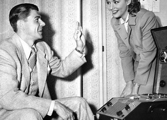 """Ronald Reagan was 39 and was playing Piper Laurie's father in the 1950 drama """"Louisa"""", which is how they got to know each other"""