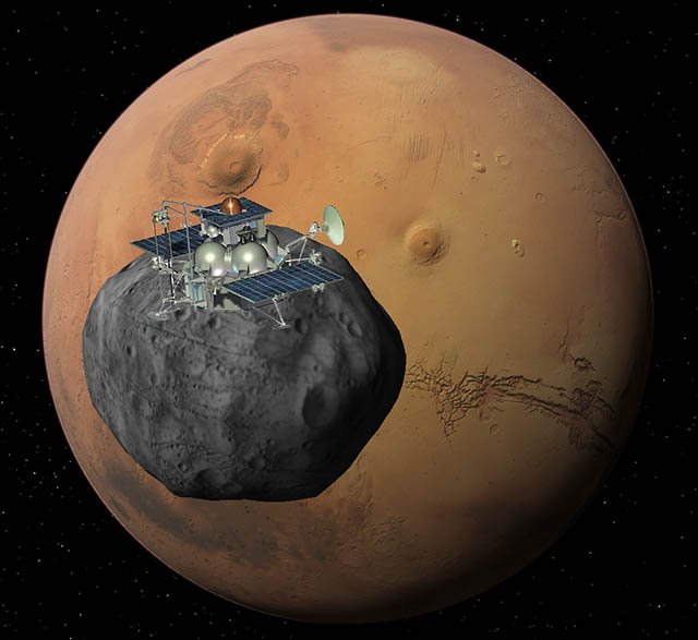The European Space Agency (ESA) says it has finally contacted Phobos-Grunt, Russia's troubled Mars mission