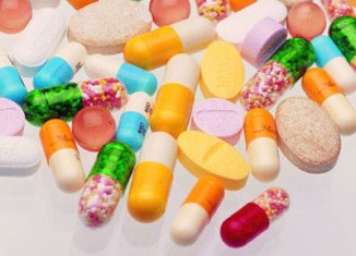 A team of French researchers spent more than 6 years following 8,000 people and found that those taking supplements were just as likely to have developed cancer or heart disease as those who took an identical-looking dummy pill