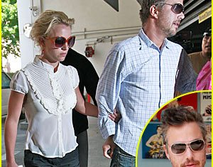 Hollywood agent Jason Trawick is understood to have asked for Britney Spears' hand in marriage yesterday on his 40th birthday