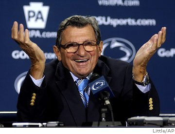 Joe Paterno, the former Penn State coach fractured his pelvis again following a fall at his home but will not need surgery