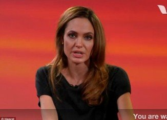 Angelina Jolie told fans on a live video web chat that she had a complete emotional breakdown and cried after her directorial debut with wartime film In the Land of Blood and Honey
