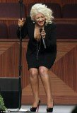 Christina Aguilera seemingly over did it with the fake tan and the result was unpleasant streaks down her leg