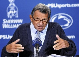 Joe Paterno, the legendary former football coach of Penn State University, has died aged 85