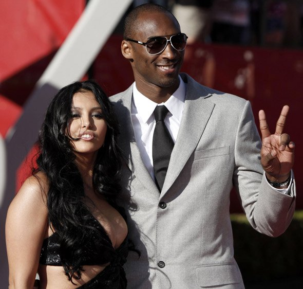 Kobe Bryant's wife, Vanessa, is reportedly walking away from their ten year marriage with three of their properties
