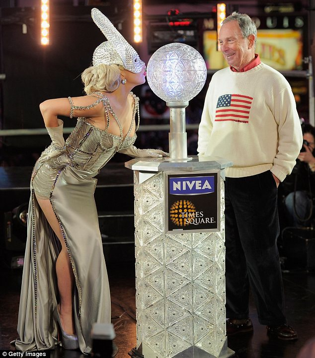 Lady Gaga was invited by New York Mayor Michael Bloomberg to press the crystal button at 11:59 p.m. that triggered the decent of the 2012 New Year's Eve Ball