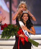 Laura Kaeppeler, the beauty queen from Kenosha, Wisconsin, won the Miss America pageant on Saturday in Las Vegas
