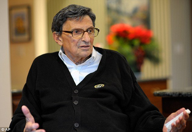 "The former Penn State coach Joe Paterno's condition has become ""serious"" after he experienced complications from lung cancer in recent days, say his doctors"