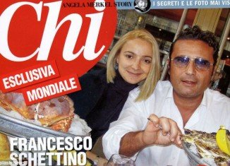 Although Domnica Cemortan says Francesco Schettino barely noticed her at first, it is clear from a photograph taken of them in a restaurant on the Cote d'Azur on December 13, which was published in Italian magazine Chi, that she was already smitten