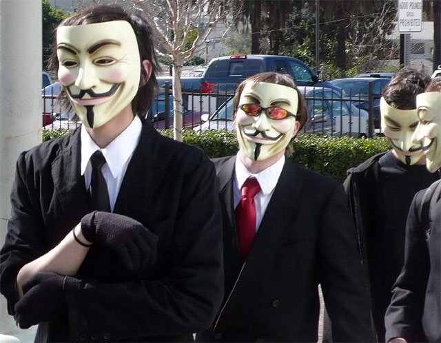 Anonymous has released a recording of a conference call between the FBI and Scotland Yard in which they discuss efforts against hacking