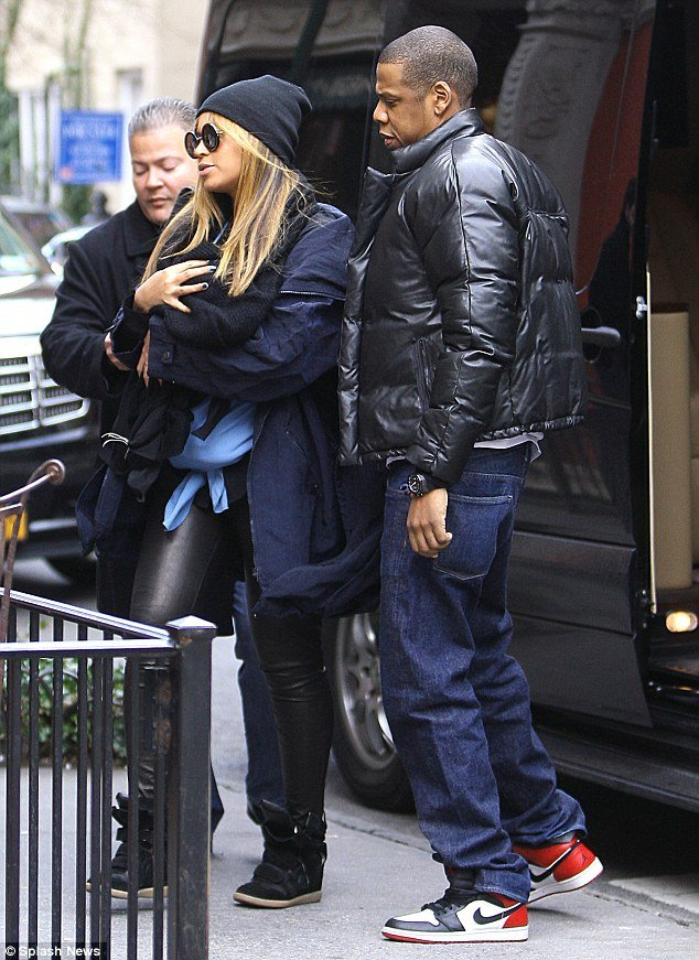 Blue Ivy Carter, Beyoncé's newborn, has been seen in public for the first time during a lunch outing today in New York