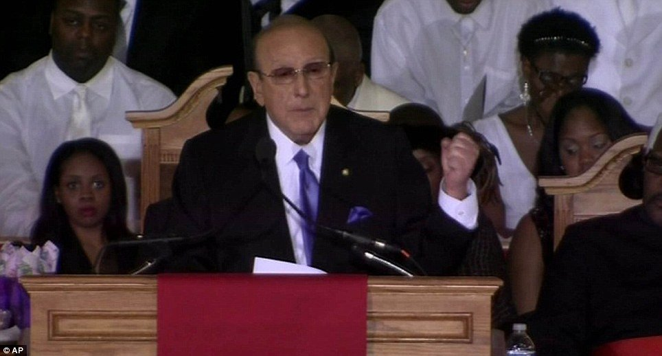 Clive Davis, the Sony mogul and Whitney Houston's mentor and guide of her career for decades, paid an emotional tribute at the star's funeral and tell the story of singer's final days