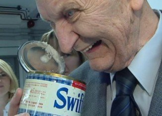 Hans Feldmeier, a German pensioner who received a tin of American lard 64 years ago in an aid package, has only just tasted it, after discovering that it is still edible