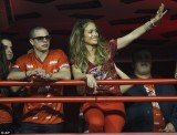 Jennifer Lopez and boyfriend Casper Smart in the Brahma VIP box at the Sambadrome during the carnival on Sunday