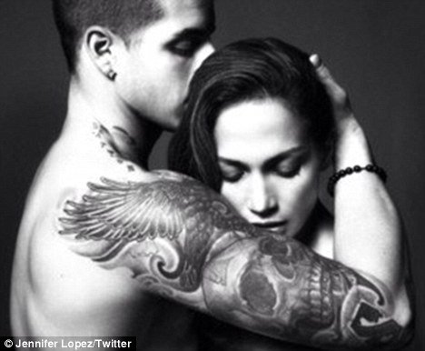 Jennifer Lopez and her boyfriend Casper Smart posed for a steamy Valentine's Day picture