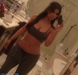 Kim Kardashian shared a picture of her dressed-down look on her Twitter page