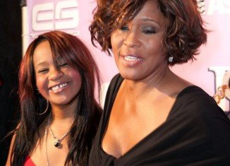 Whitney Houston, pictured here with her daughter Bobbi Kristina, was said to have binge on cocaine, alcohol and pills in her final months