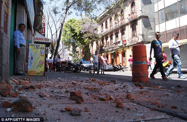 A large earthquake with a magnitude of 7.4 struck near Acapulco on Mexicos Pacific coast on Tuesday photo