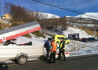 Five foreign tourists have died after being buried by a major avalanche in northern Norway