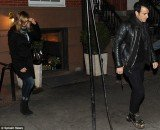 Jennifer Aniston wants to be married by the end of the year and she gave un ultimatum to her boyfriend Justin Theroux