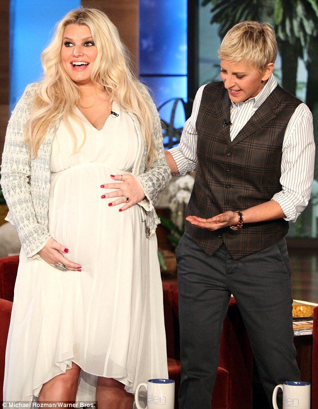 Jessica Simpson looks like she's ready to drop, but she says she still has a few weeks to go until she gives birth