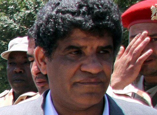 Libya has formally requested the handover of Abdullah al-Senussi, Muammar Gaddafi's former spy chief, following his arrest in Mauritania