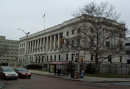Public buildings in Trenton City, the capital of the US state of New Jersey, face running out of toilet paper following a row