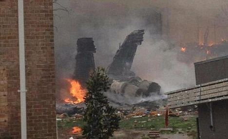 A US Navy F-18 fighter jet has crashed into apartment in the residential neighborhood of Virginia Beach