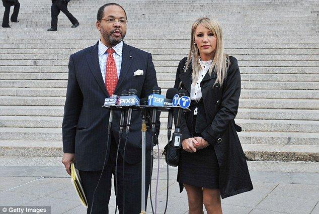 "A judge declared yesterday that Angelica Marie Cecora's lawsuit against Oscar De La Hoya was ""frivolous"""