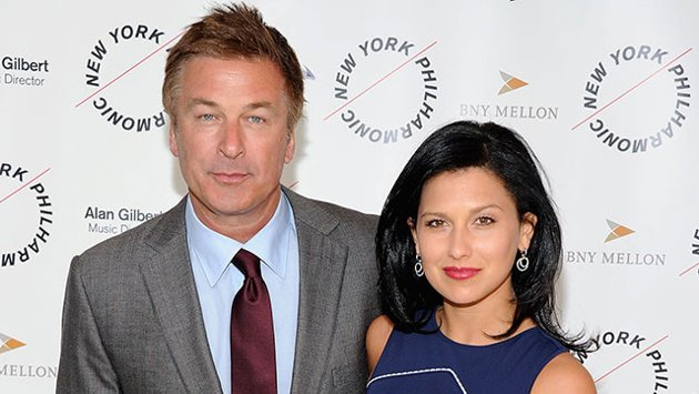 Alec Baldwin has got engaged to his younger lover Hilaria Thomas over the weekend photo