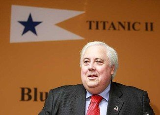 Australian Clive Palmer has commissioned a Chinese state-owned company to build a 21st Century version of the Titanic