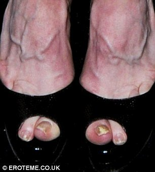 Despite her groomed exterior, Madonna appears to have forgotten about her pedicure