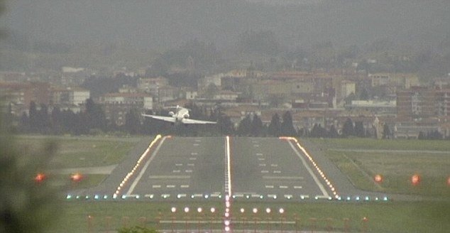 Footage of planes landing at Loiu Airport in Bilbao shows aircraft being blown sideways and shaking almost uncontrollably as pilots battle to bring them down safely on to runways