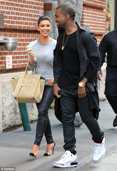 Kim Kardashian and Kanye West stepped out for a romantic stroll in New York City photo