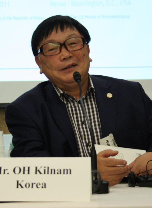 Oh Kil-nam, now 70, still does not know the fate of his wife and daughters after more than 20 years