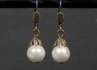 Pearl drop earrings worn by Whitney Houston in The Bodyguard were sold for $2,812 at The Hollywood Legends sale on Saturday