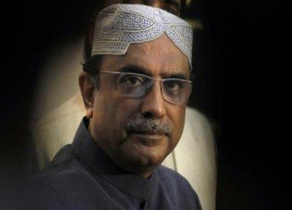 President Asif Ali Zardari has arrived in India for the first visit there by a Pakistani head of state for seven years
