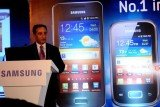 Samsung Electronics has overtaken Nokia to become the world's largest maker of mobile phones